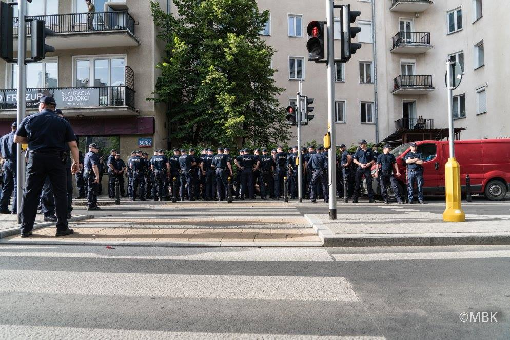 POLICE RAID OFFICES OF WOMEN'S GROUPS IN POLAND