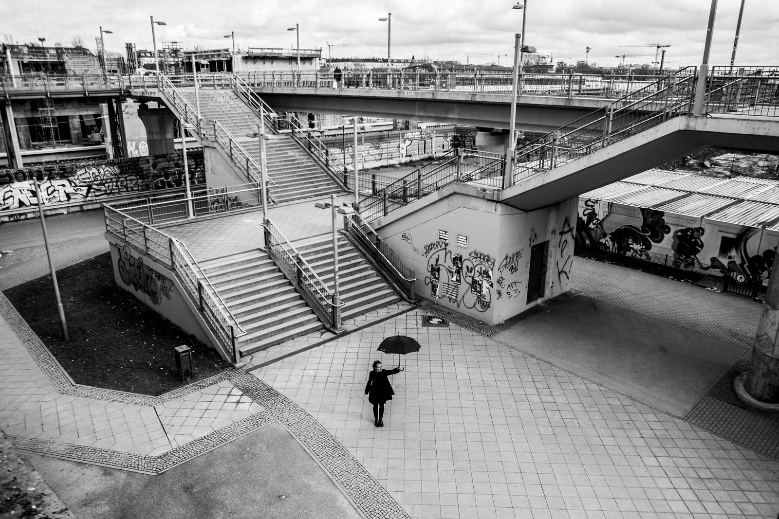 Kładka i schody przy Warschauer Brucke, Foto: Maciej Soja