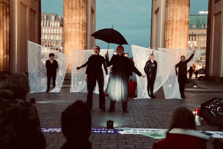 28.9.2020 | VOICES | Botschaft der Polinnen* | Performance